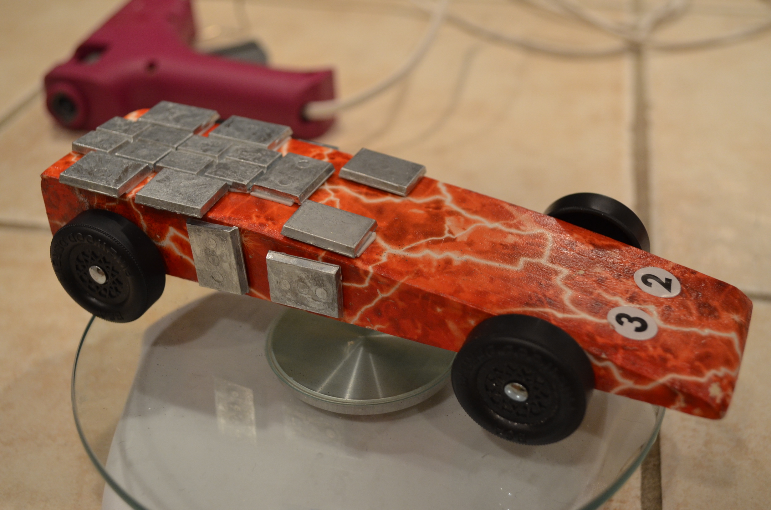 pinewood derby 2014 the electric wedge and howie car ground